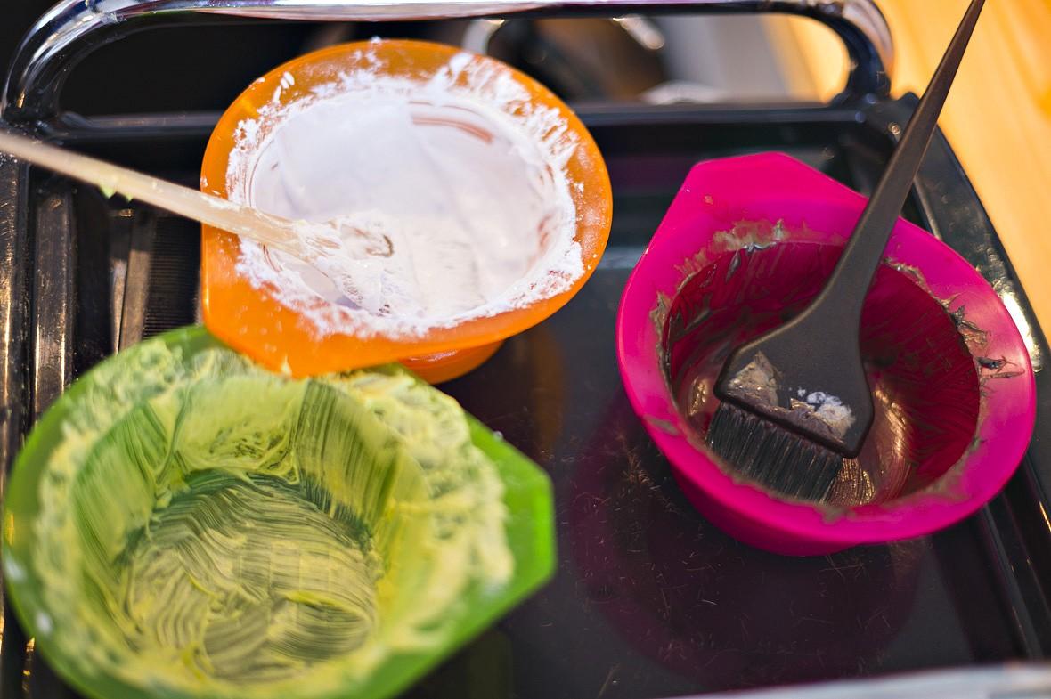 Hårfareprodukter med fødevaregodkendte farver